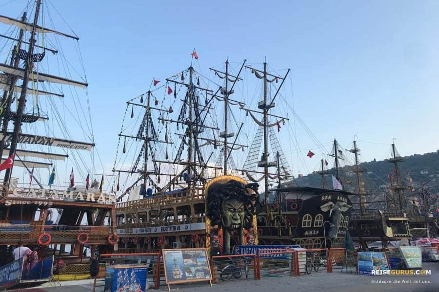 Alanya-Sehenswürdigkeiten-Alanya-Hafen