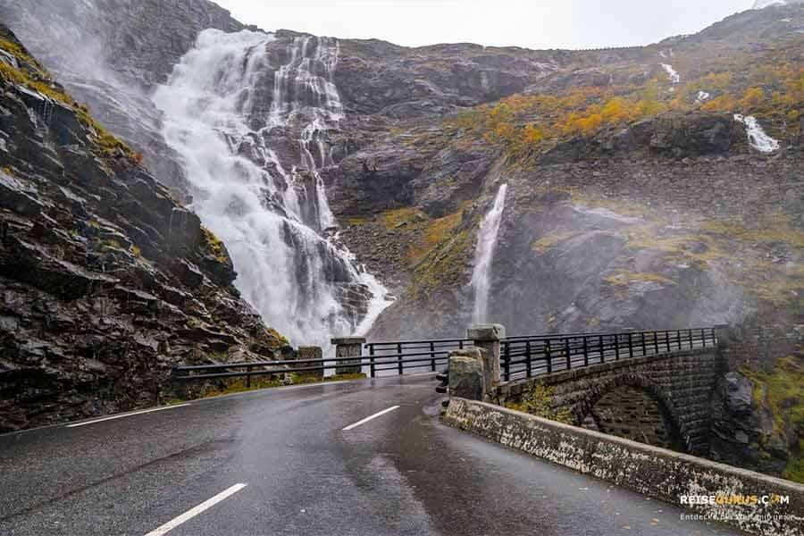 Norwegen Fortbewegung über Brücken