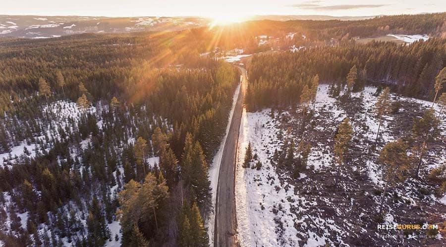 Norwegen-Strassen-zum-Fortbewegen-mit-dem-Auto