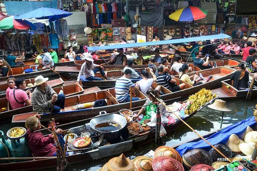 Damnoen Floating Market