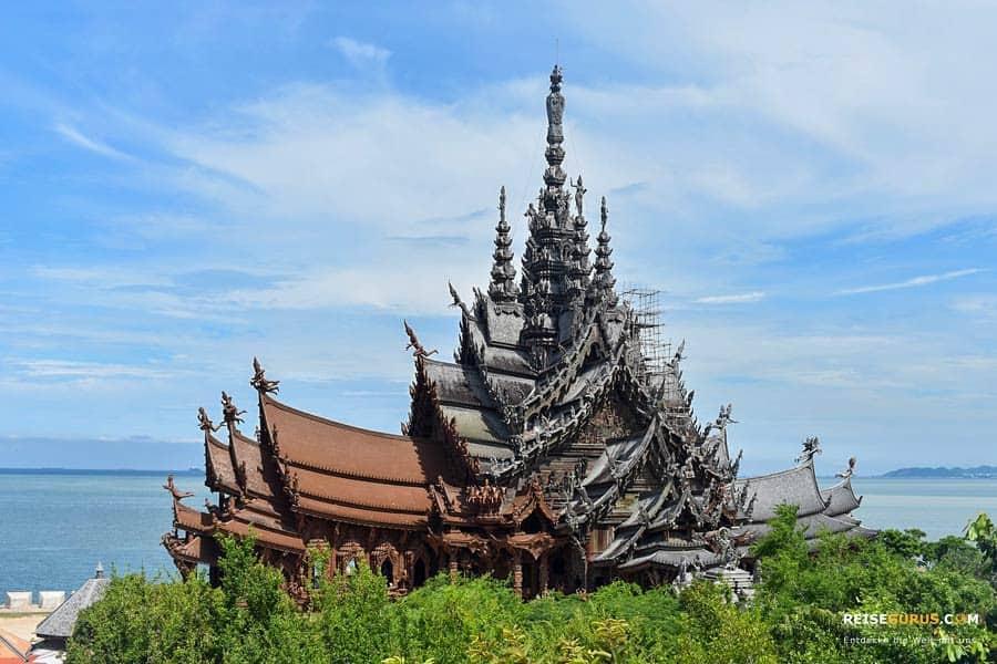 Sanctuary-of-Truth-Pattaya