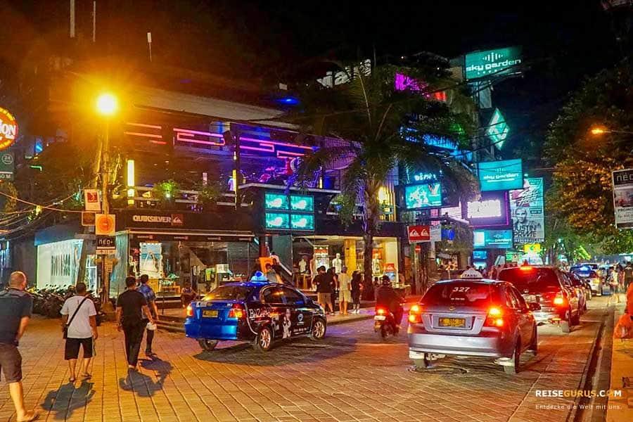Bali Nachtleben in Kuta Beach
