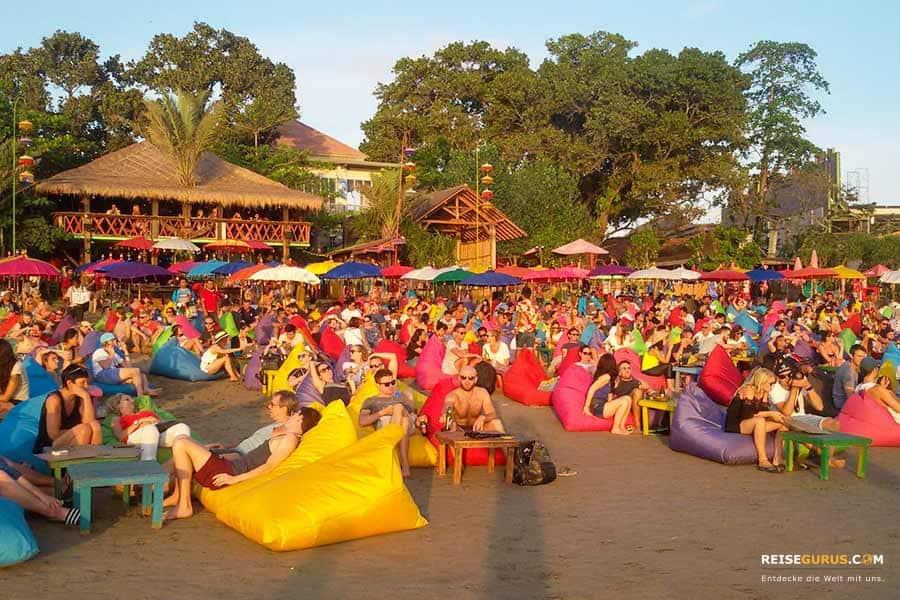 Bali Beach Clubs mit Strand Bars