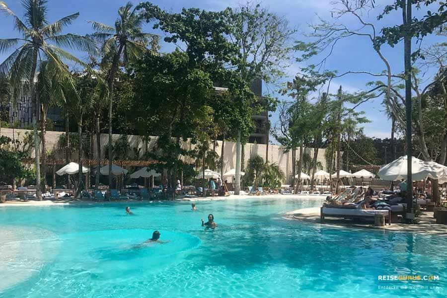 Beach Clubs Bali Mrs-Sippy