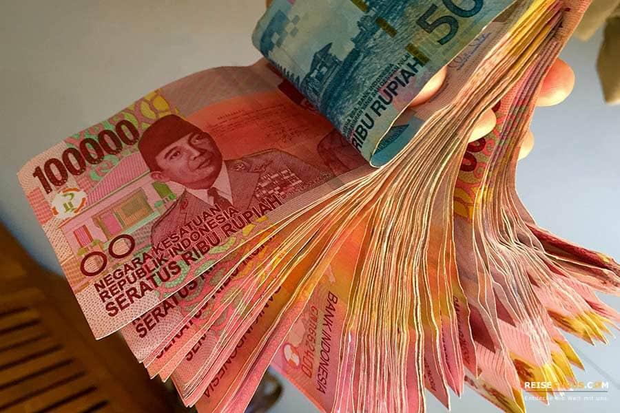 Nusa Penida Geld abheben