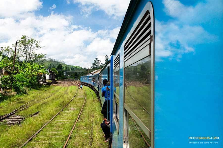 Reiseklassen beim Zug fahren in Sri Lanka