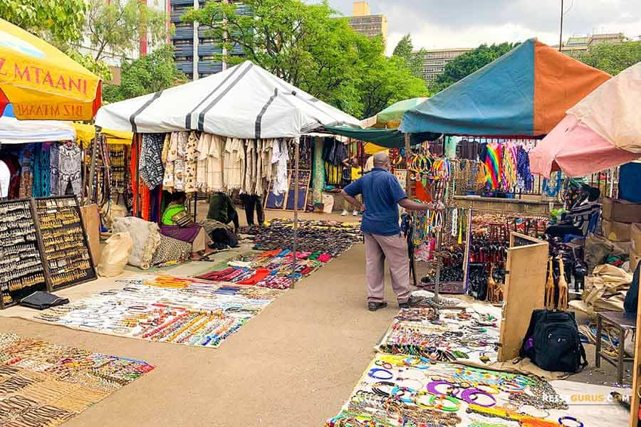Nairobi Sehenswürdigkeiten Maasai Market